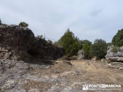 Ciudad Encantada de Tamajón - Retiendas - Almiruete;cerezos en flor valle del jerte;nacimiento del